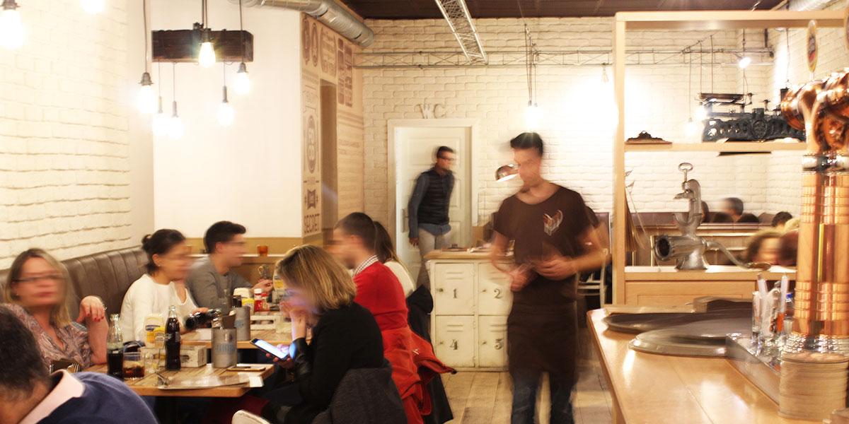 lapepita-burger-bar-post-personas