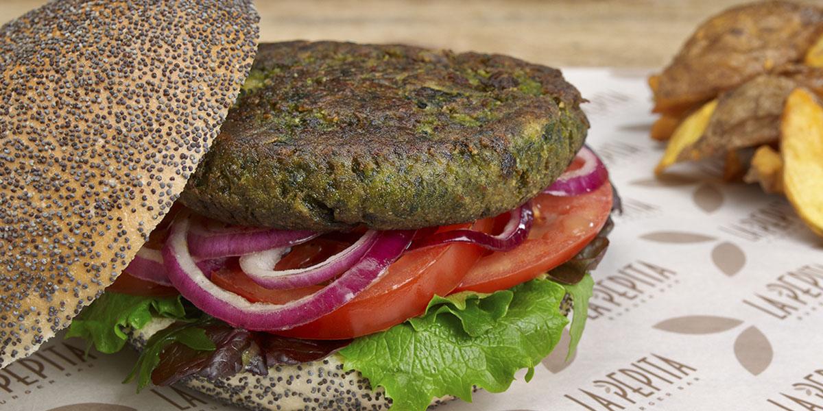 Un nuevo concepto gastronómico, cocina de autor cuyo plato principal es la hamburguesa gourmet. Ingredientes sanos y de calidad. Cocina innovadora en Vigo.
