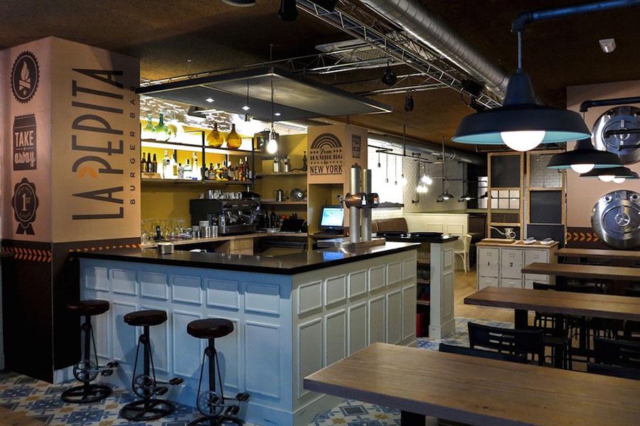 Restaurante de hamburguesas gourmet A Coruña | La Pepita Burguer Bar