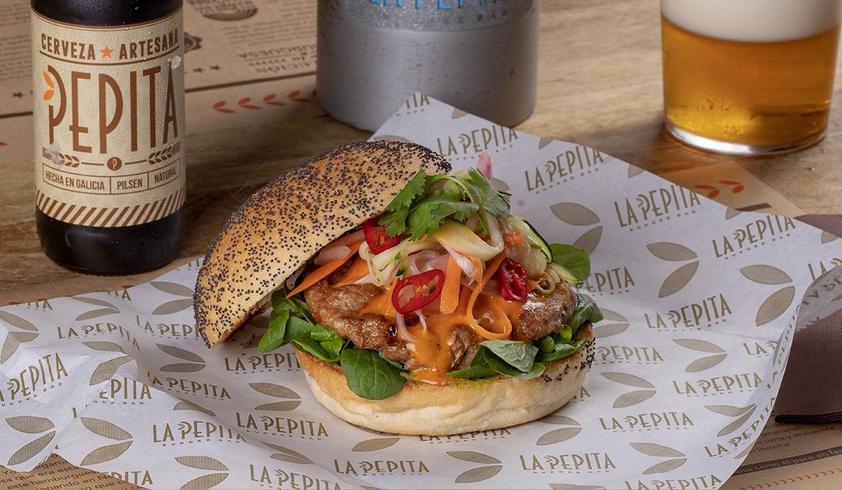 <span>Burger del mes</span><br>Pepita Banh Mi